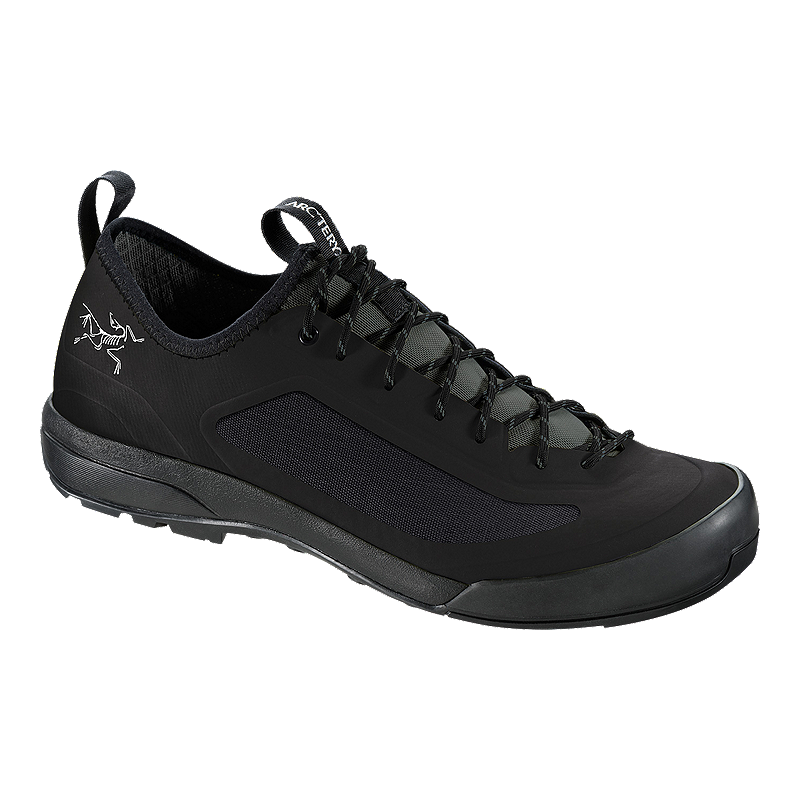 Arc teryx Men s Acrux SL GTX Hiking Shoes - Black - Prior Season ... 650339265215