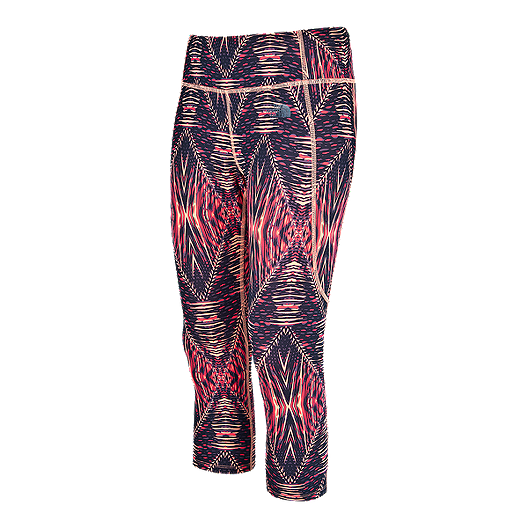 d9bec1af173f2 The North Face Women's Motivation Printed Crop Leggings | Atmosphere.ca