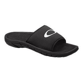 e88ba9007e8 Oakley Men s Supercoil Slide 2.0 Sandals - Black