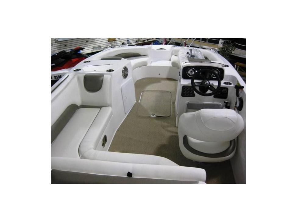 0103_032717_19_Hurricane_Deck_Boat