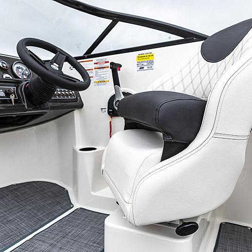 Bolster Helm Seat