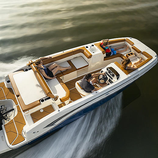 deck boat running pic