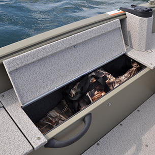 1600-1800-Alaskan-Port-Storage-Compartment