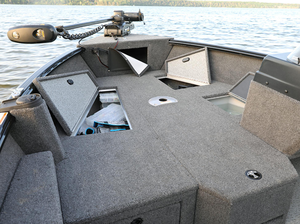 1675 Impact XS SS Bow Storage Compartments Open