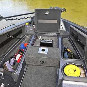 189-Tyee-GL-Bow-Deck-Storage-Compartments-Open