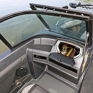 189-Tyee-GL-Port-Console-Glove-Box-Storage-Compartment-Open