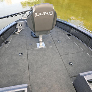202-Pro-V-GL-Bow-Deck-Storage-Compartments-Closed