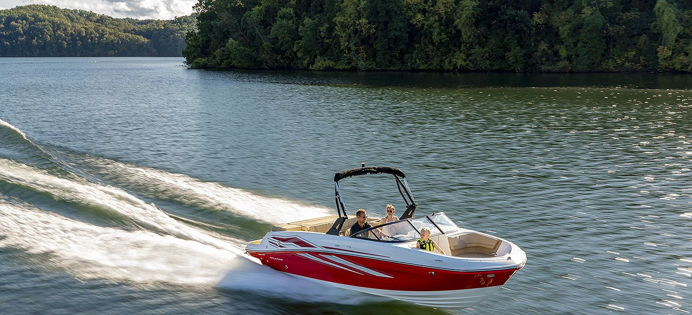 BAYLINER-VR6SportRed-Running