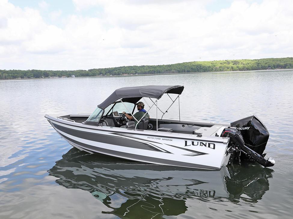 2075-Tyee-Magnum-Sport-Top-Rear