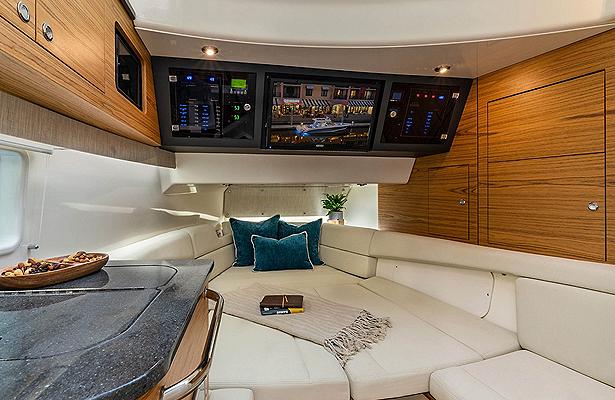 BW_380-realm-cabin-interior