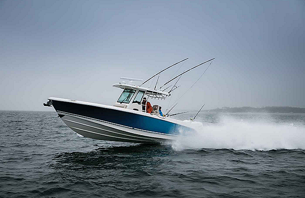 Boston-Whaler-330-Outrage-Gallery-8