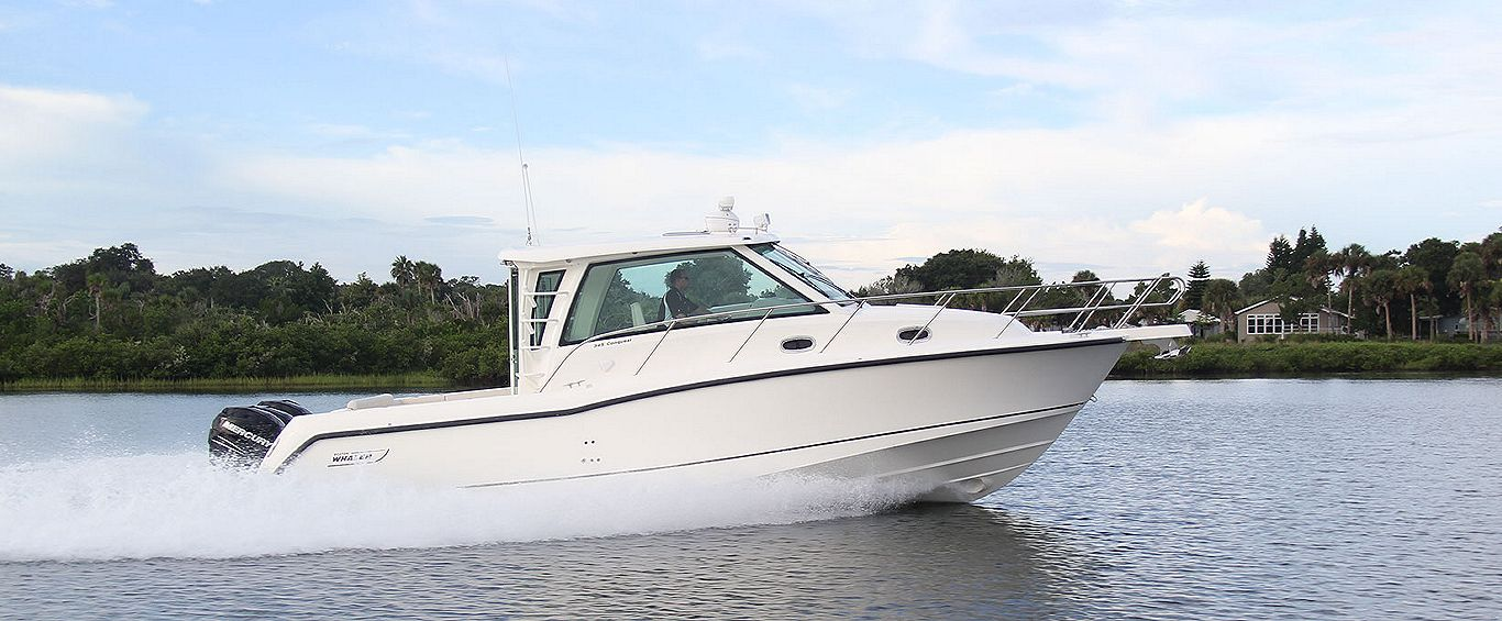 Boston-Whaler-345-Conquest-Pilothouse-Gallery-Header