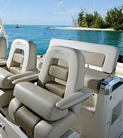 Boston-Whaler-420-Outrage-Gallery-3