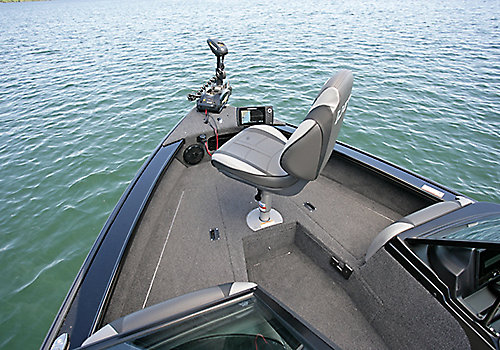 Crossover XS Bow Deck with Seat