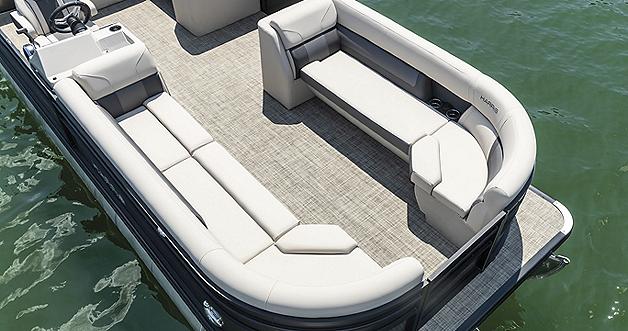 Cruiser 250 Bow Seating