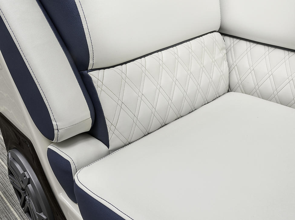 Crowne Bow Lounger Detail
