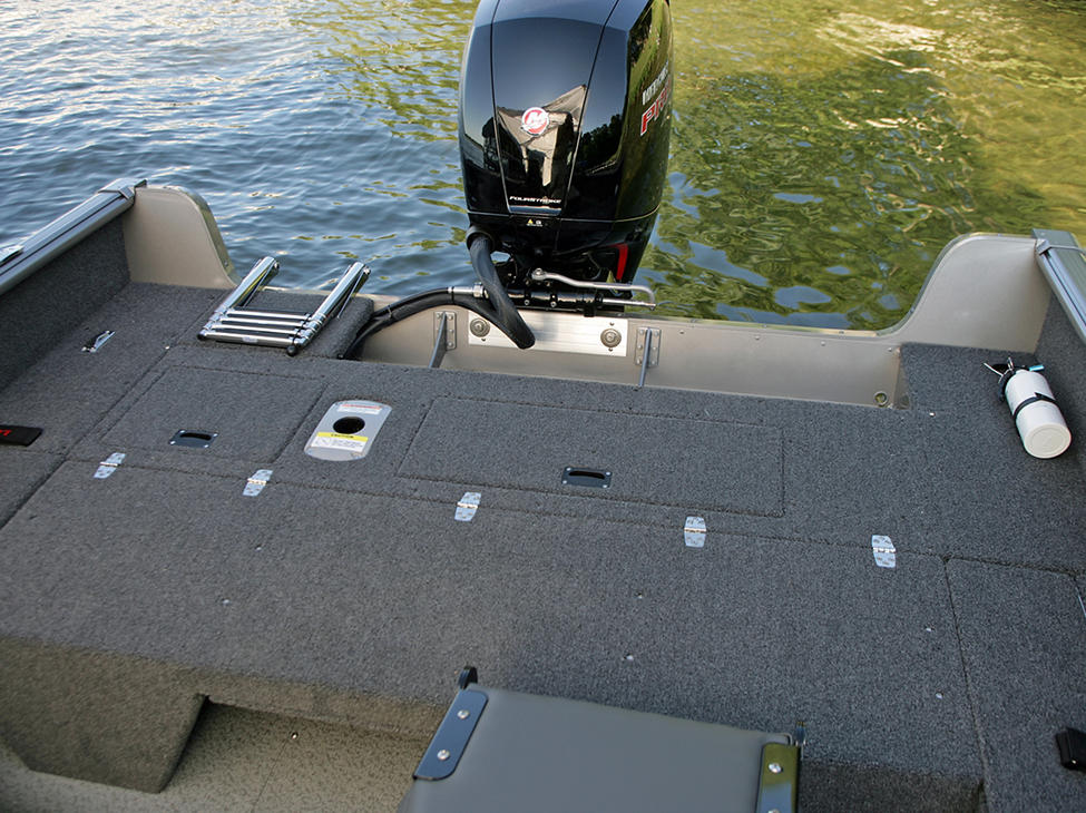 Impact Aft Deck with Optional Flip Bench