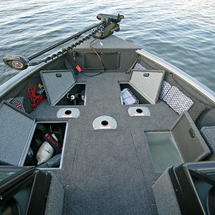 Impact-XS-Bow-Deck-Storage-Compartments-and-Livewell-Open