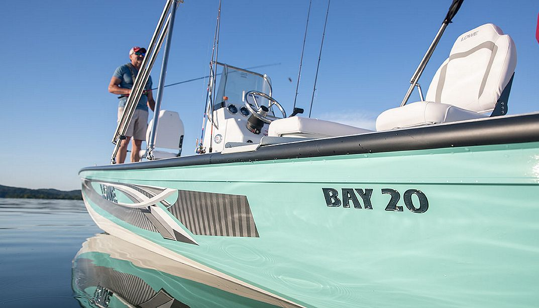 Lowe Boats Bay20 Photo Gallery Image  12