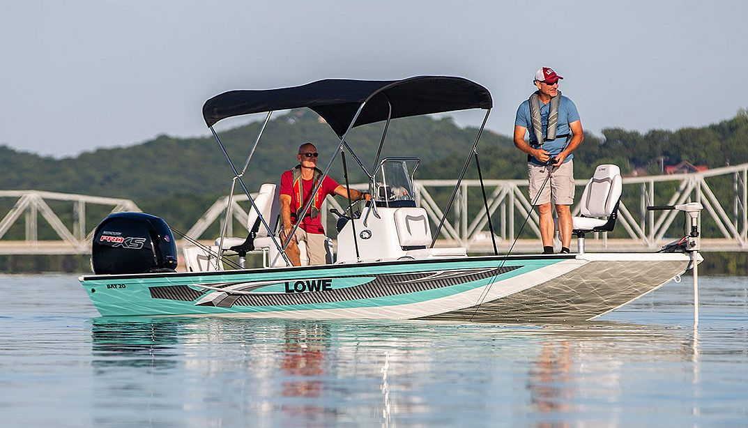 Lowe Boats Bay20 Photo Gallery Image  2