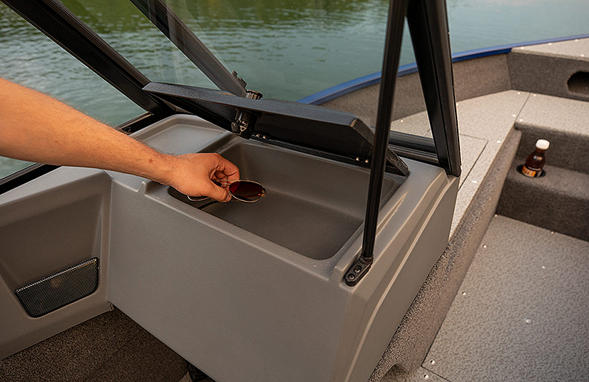 Lowe Boats FS1625 Feature Image  6
