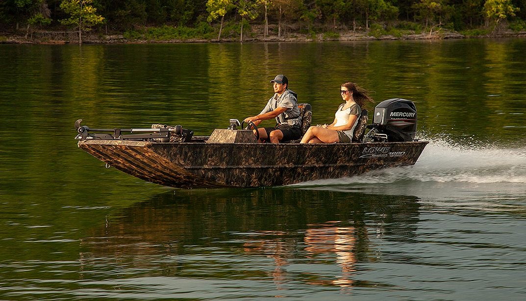 Lowe Boats RX16SC Photo Gallery Image  6