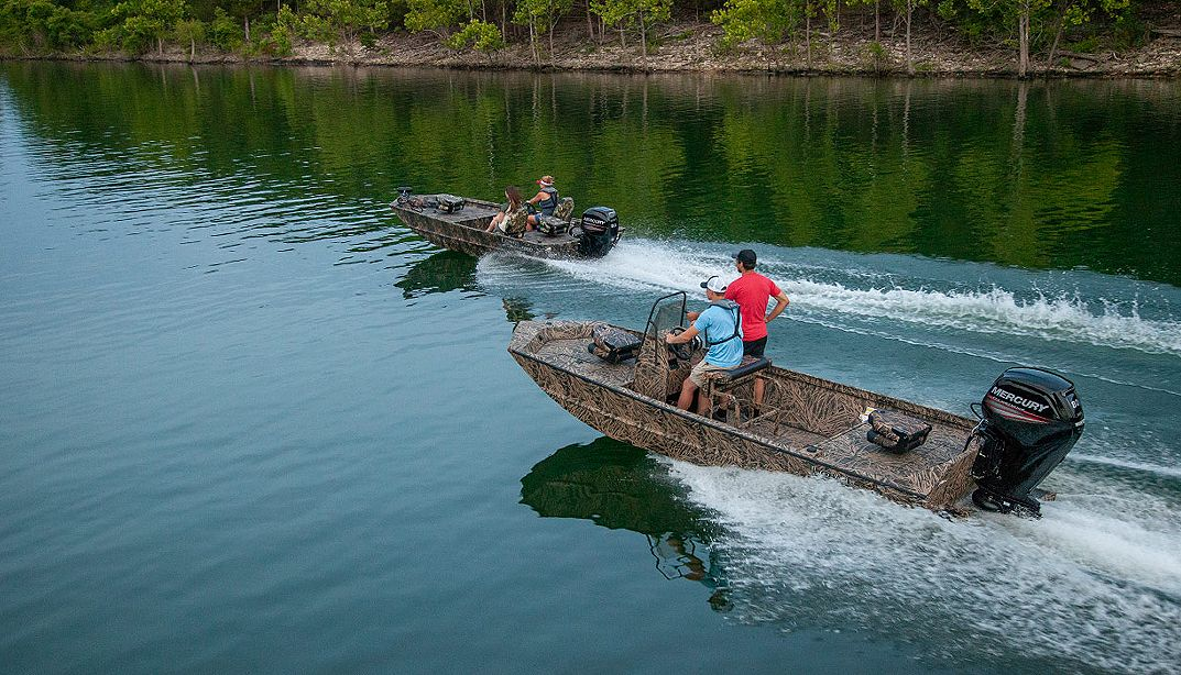 Lowe Boats RX18PT Photo Gallery Image One