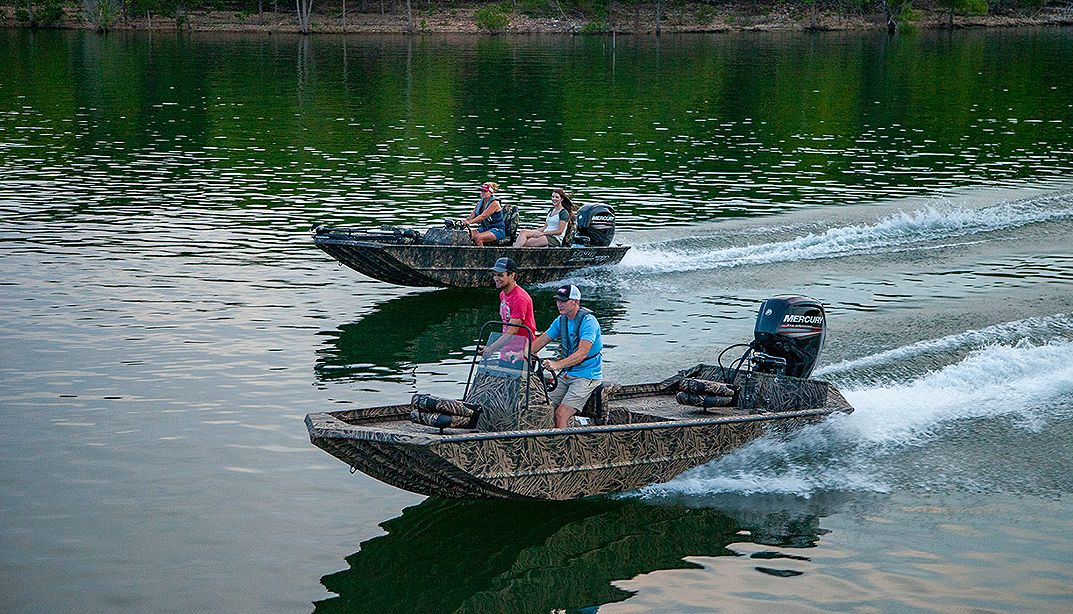 Lowe Boats RX18PT Photo Gallery Image Four