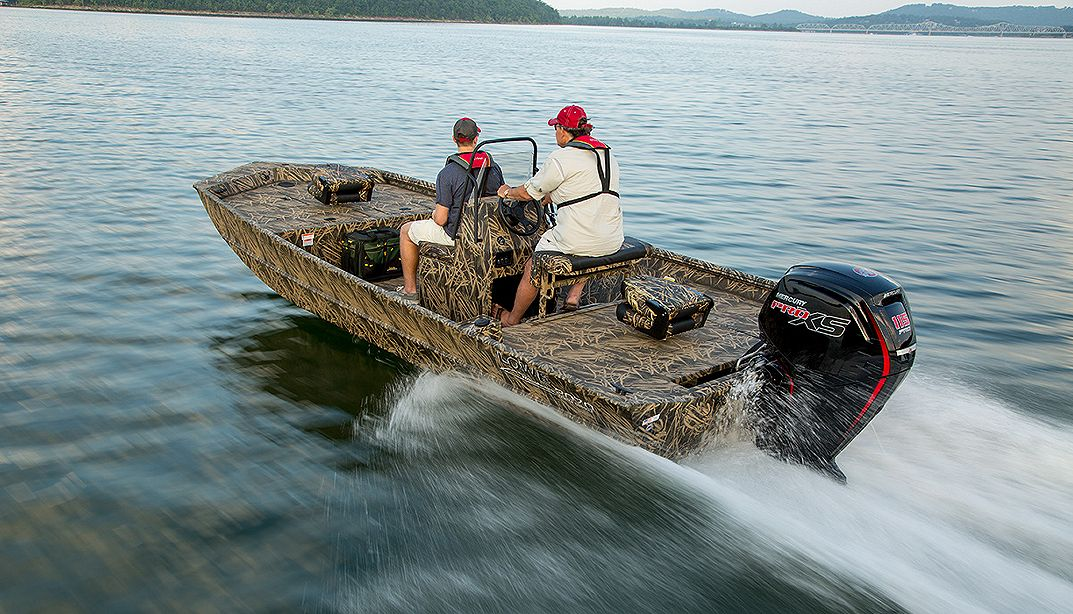 Lowe Boats RX20CC Photo Gallery Image  2