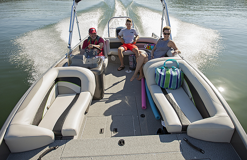 Lowe Boats  Feature Image  3