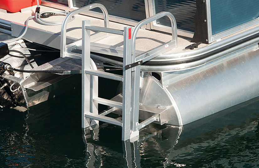 Lowe Boats SF214V Feature Image  3