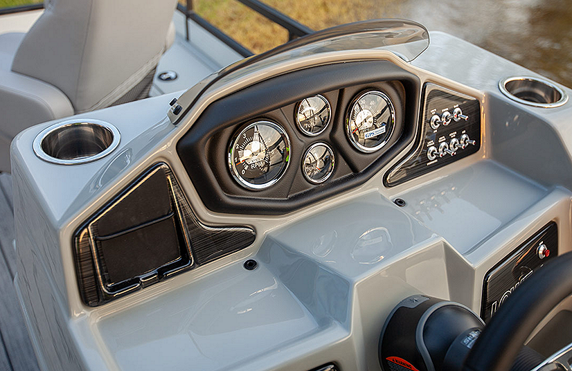 Lowe Boats SF232W  Feature Image  1