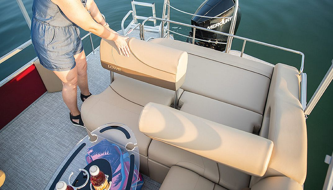 Lowe Boats SS210CL  Photo Gallery Image  4