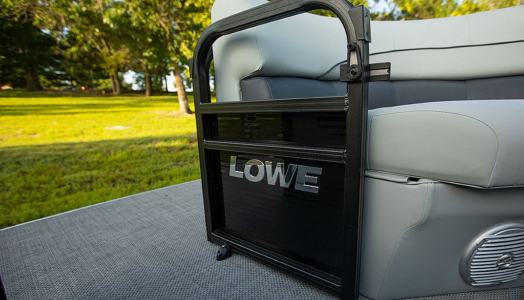 Lowe Boats SS210CL  Photo Gallery Image  8