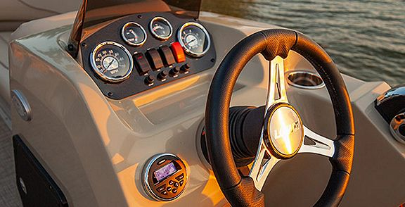 Lowe Boats Ultra Feature Image  Three