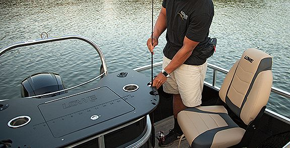 Lowe Boats Ultra Feature Image 5