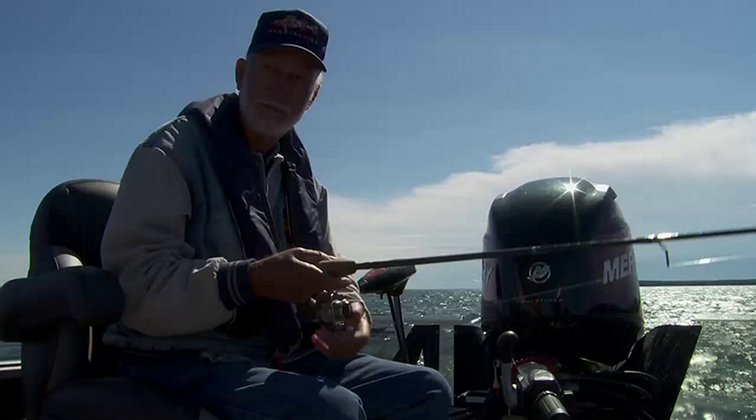 Lund-Ultimate-Fishing-Experience-2015-Episode-12-The-Evolution-of-Angling.mkv0281