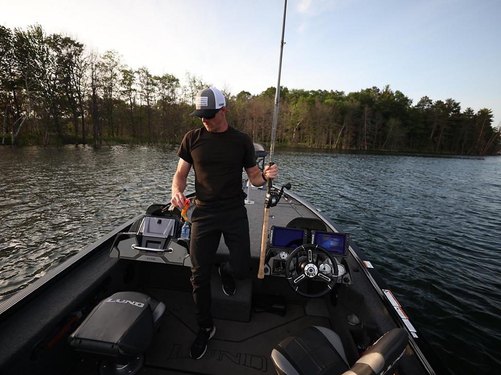 Pro-V Musky Fishing Boat