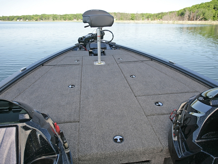 Pro-V Bass Bow Deck with Butt Seat
