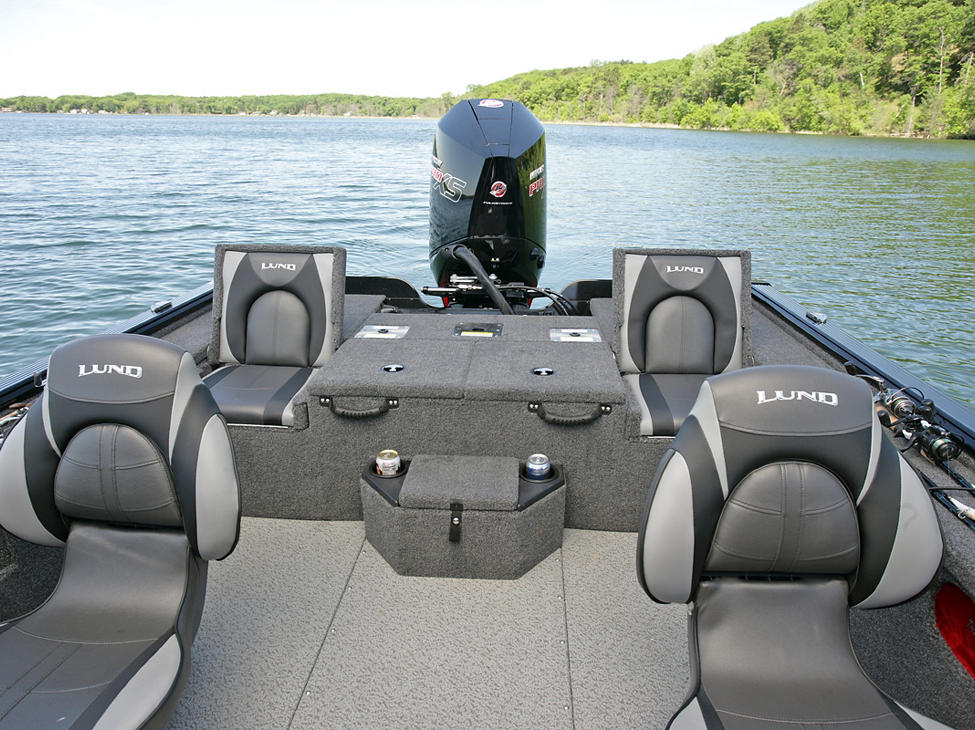 Pro-V Bass XS Cockpit with Aft Jump Seats Up
