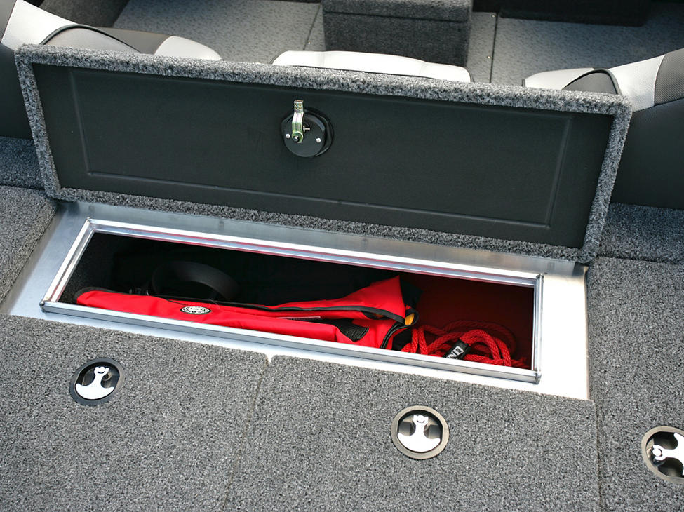 Pro-V-Musky-Bench-Aft-Deck-Storage-Compartment-Open