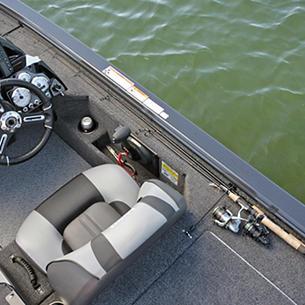 Pro-V-Musky-Bench-Starboard-Aft-Deck-Rod-Straps