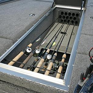 Pro-V-Musky-Center-Rod-Storage
