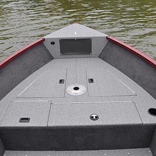 Rebel-XL-Bow-Deck