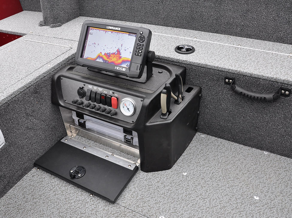 Rebel-XL-Tiller-Command-Console-and-Tackle-Tray-Storage-Open