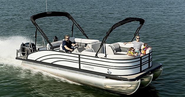 Sunliner 230 White Diamond Black Edition with Double Bimini