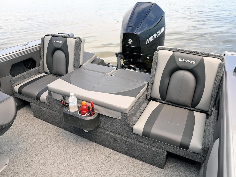 Tyee Aft Deck Jump Seats Up with Optional Aft Deck Sun Pad
