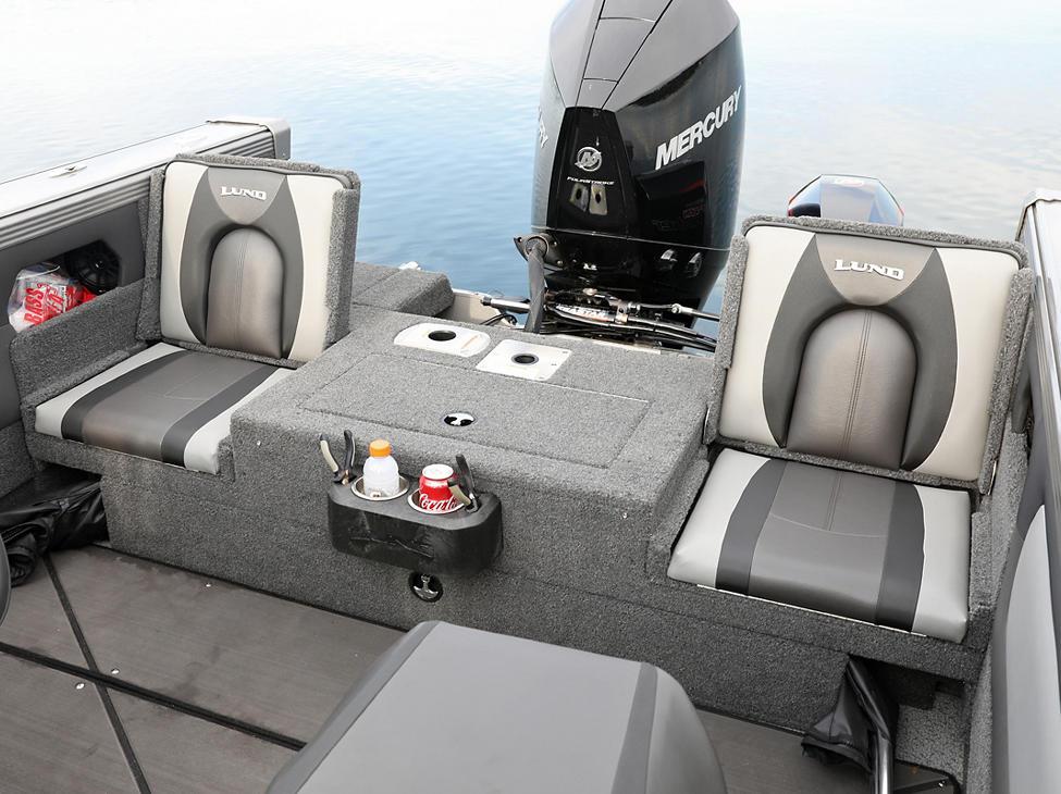 Tyee Aft Platform with Jump Seats Open