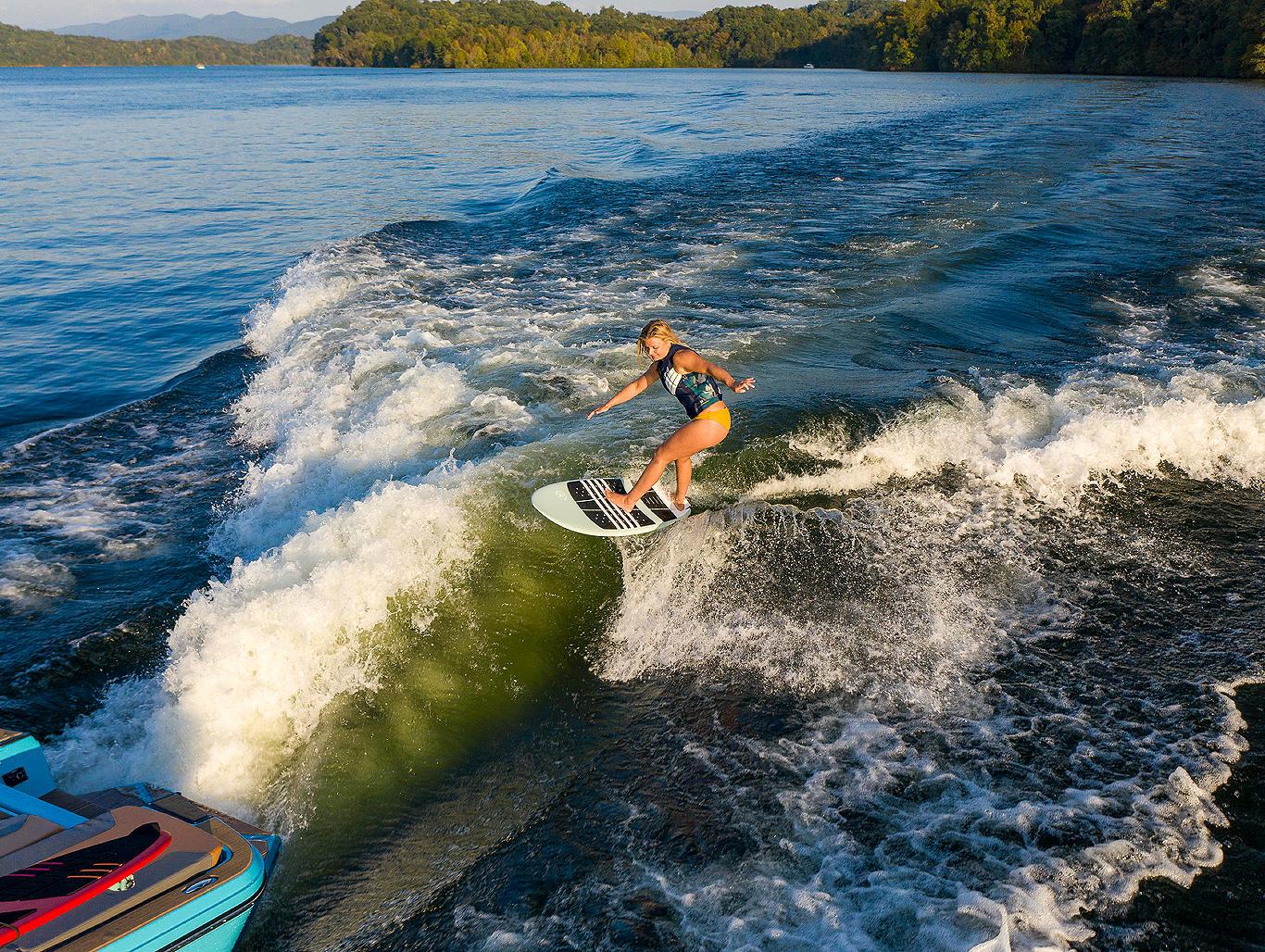 WT2-Surfing