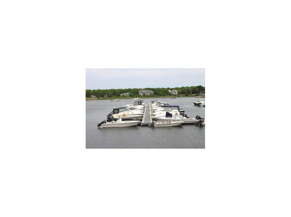 cape-cod-falmouth-freedom-boat-club-boats-green-pond-tackle-marina